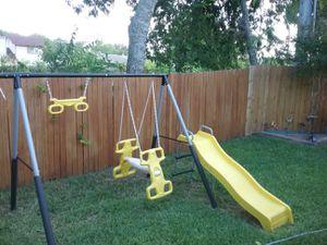 7 pieces swing set for Sale in San Antonio, TX