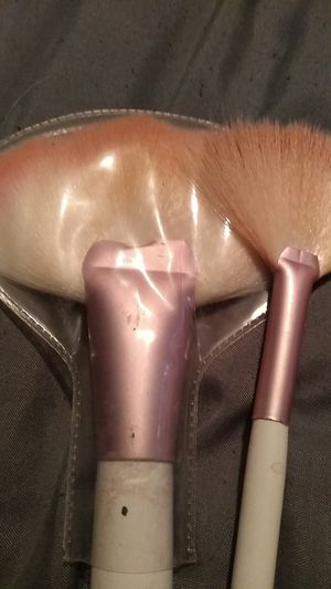Makeup brushes for Sale in Glen Carbon, IL