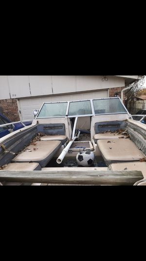 Boat and Jetske $800 obo Or trade for lawn equipment for Sale in Irving, TX