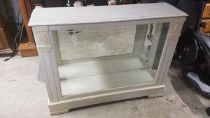 Display cabinet for Sale in Barnegat Township, NJ