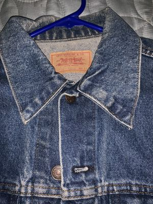 Men's Levi jean jacket- size 40 for Sale in Knightdale, NC