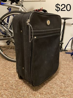 Black suitcase for Sale in Ann Arbor, MI