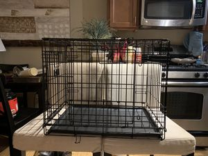 Small dog crate for sale for Sale in Tampa, FL