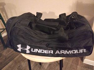 Gently Used Medium to Large Under Armour Duffle Bag $40 for Sale in Austin, TX