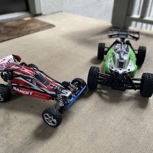 Excellent condition With all parts assembles In their new cases And bearing , With two batteries and a charger at home and a charger in your car for Sale in Dallas, TX