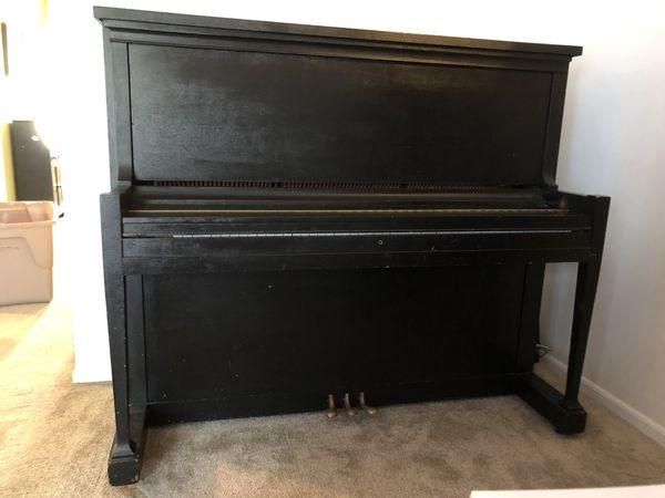 Ludwig Antique Piano