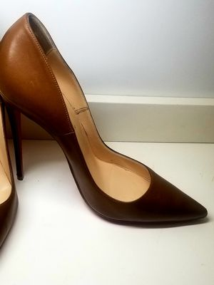 Christian Louboutin Brown heels for Sale in Miami, FL