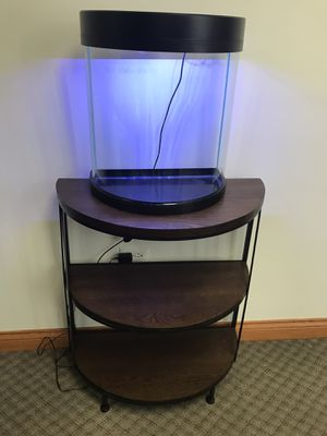 12 gallons fish tank and stand for Sale in Waukegan, IL