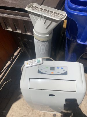Stp portable air conditioner. 9,000 btu. In good working conditions with remote control for Sale in Los Angeles, CA