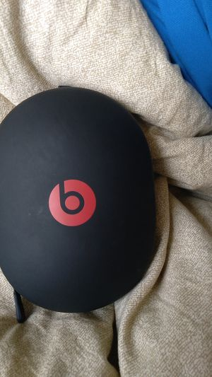 Beats by Dre headphones Real deal bluetooth and auxiliary capabilities with built in mic for Sale in St. Louis, MO