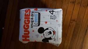 3 PACKAGES DIAPERS HUGGIES SNUG & DRY SIZE 4 for Sale in Hyattsville, MD