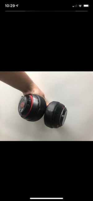 STUDIO BEATS WIRELESS HEADPHONES for Sale in Kissimmee, FL