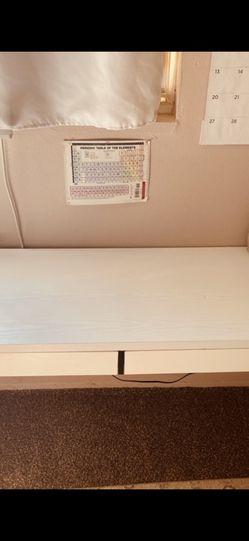 White Ikea Desk for Sale in Lynwood,  CA