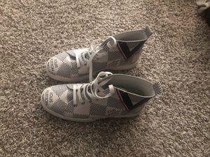Louis Vuitton Shoe Size 8.1/2 for Sale in Duquesne, PA