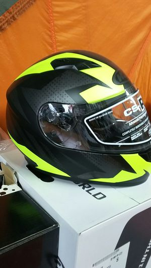 Motorcycle full face helmets high visibility colors size medium for Sale in Los Angeles, CA