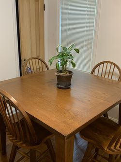 Bar Height Table and Swivel Chairs (all sales are final) for Sale in Cleveland,  OH