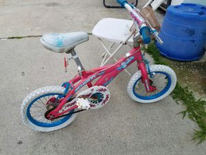 Girls bike - small for Sale in Los Angeles, CA