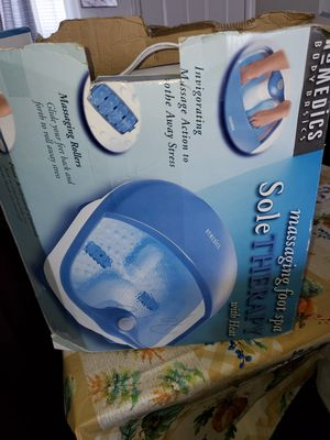 Massaging foot spa for Sale in Lancaster, PA