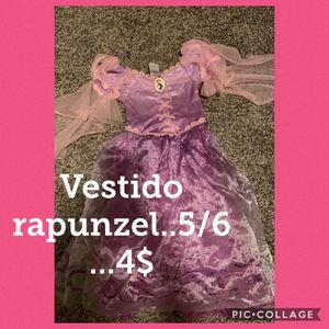 Vestido rapunzel talla 5/6 for Sale in Houston, TX