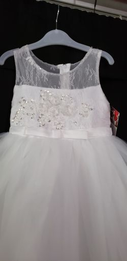 New tip top white dress for Sale in Downey,  CA