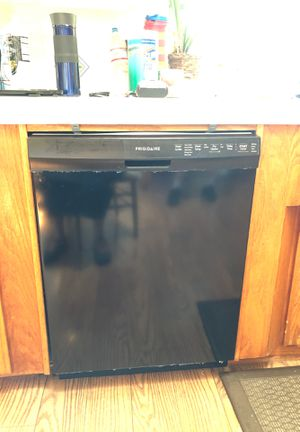 Frigidaire dishwasher for Sale in La Habra Heights, CA