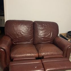 Leather loveseat for Sale in Bayonne,  NJ
