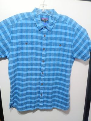 XL Men Patagonia Button Up Shirt for Sale in Garland, TX