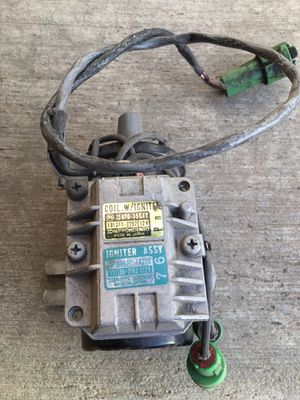 Ignition coil and igniter module for 1977 Toyota celica GT. Round connectors for Sale in San Diego, CA