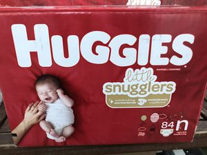 Huggies Little Snugglers Baby Diapers, Size NEWBORN, 84 Ct for Sale in Los Angeles, CA