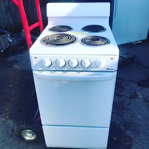 Small electric stoves for Sale in Memphis, TN