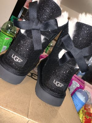 Ugg Size 10 for Sale in Riverdale, IL
