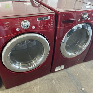 Lg Red Washer And Gas Dryer for Sale in Stockton, CA