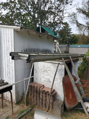28 ft extension ladder. $70 or best reasonable offer. Have other ladders also. See posts. for Sale in Morrisville, PA