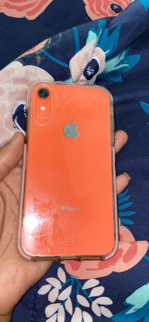 iPhone xr 64 go for Sale in Denham Springs, LA