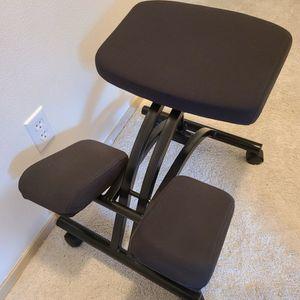 Ergonomic Office Rolling Chair for Sale in Everett, WA