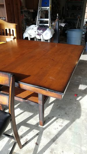 Standard brand table and chairs for Sale in Bend, OR