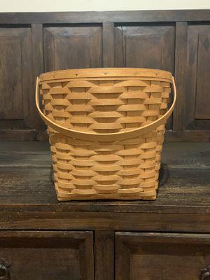 Large Longaberger Basket for Sale in Gilbert, AZ