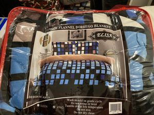 Cobijas calientitas kinsize en facilidad de pago con borrego por dentro for Sale in Lake Forest, CA
