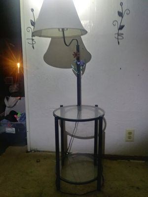 Side table with lamp for Sale in Wichita, KS