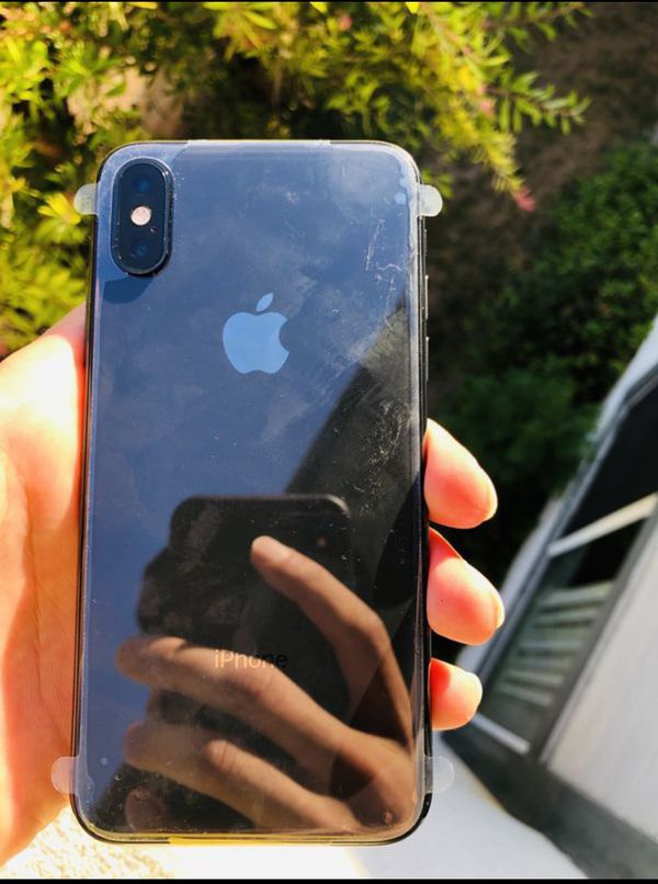 """iPhone XS 64GB FACTORY UNLOCKED"""" Like new with warranty"""