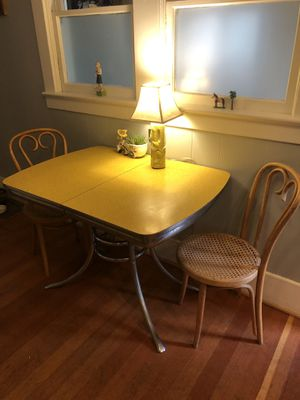 Vintage yellow diner table 1950s-1960s for Sale in Portland, OR