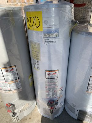 Water heater 40 galones 6 meses de garantía for Sale in Los Angeles, CA