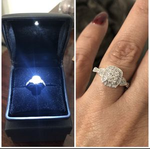 Sterling Silver .68ctw Genuine Diamonds engagement ring, size 6 for Sale in Newark, NJ