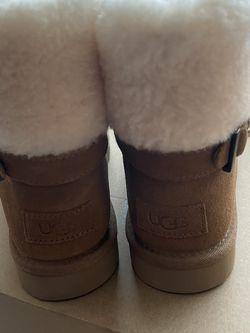 Ugg Boots Size 8 for Sale in Morrisville,  NC