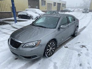 2013 Chrysler 200 Limited for Sale in Parma, OH