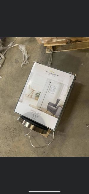 Floor lamp for Sale in Cary, NC