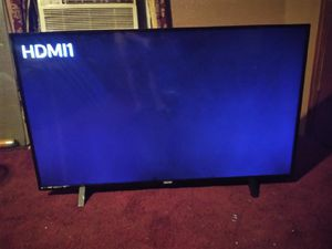 50in smart UHD LCD TV and 40 in Toshiba for sale!!!! Must go!! for Sale in Fort Worth, TX