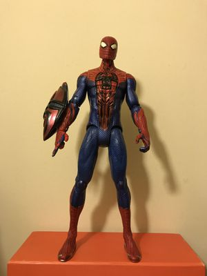 Marvel Comics Spider-Man Talking Toy Around 10 Inches Tall Good Condition for Sale in Reedley, CA