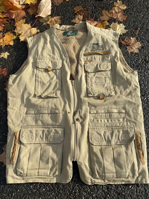 "VTG ORVIS Zambezi Twill Mens XL Khaki Outdoor Fishing Hunting Safari Vest. Condition is ""Pre-owned"". Shipped with USPS Priority Mail. Excellent cond for Sale in Everett, WA"