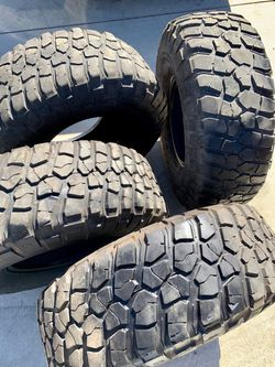 """BF GOODRICH 35""""X12.5""""R15 Used Tires (4) for Sale in Los Angeles,  CA"""